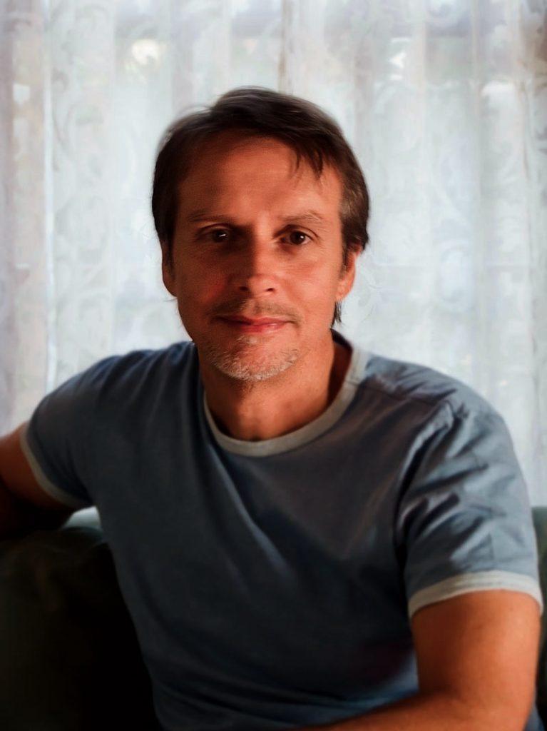 LianCarlo Author