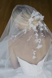 How To Embellish A Wedding Veil