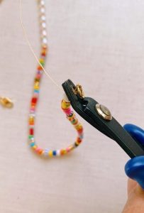 how to attach a string of beads to chain